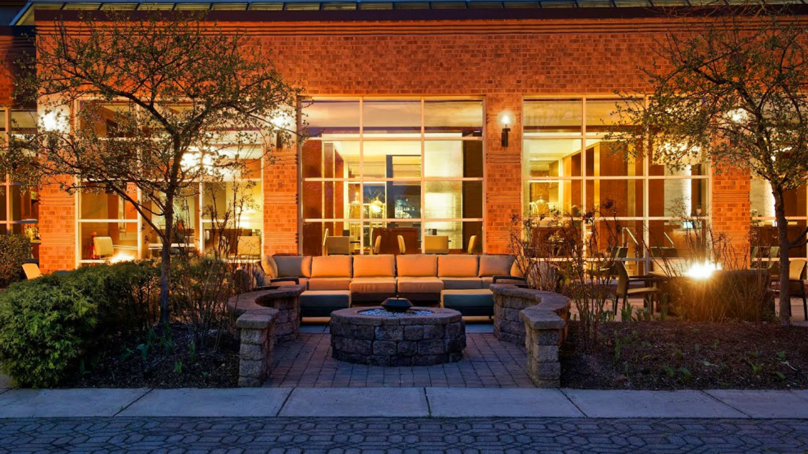 Princeton Hotel Features | Exterior